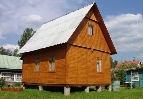 Свайный фундамент в Великом Новгороде